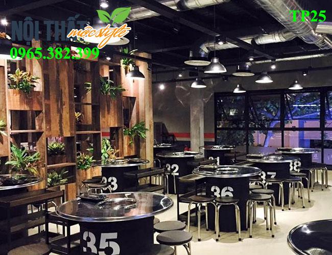 Kệ gỗ - Món nội thất không thể thiếu khi bài trí nhà hàng, quán ăn