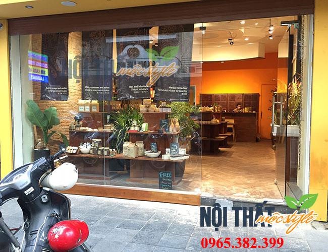 Cửa hàng chăm sóc sức khoẻ, sắc đẹp từ thiên nhiên với Master Tan, Hàng Trống