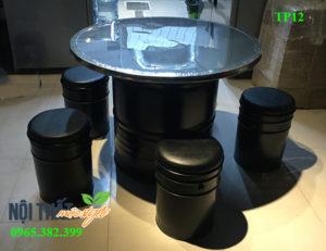 Bàn ghế nhà hàng TP12 tái chế từ thùng phi đẹp độc đáo
